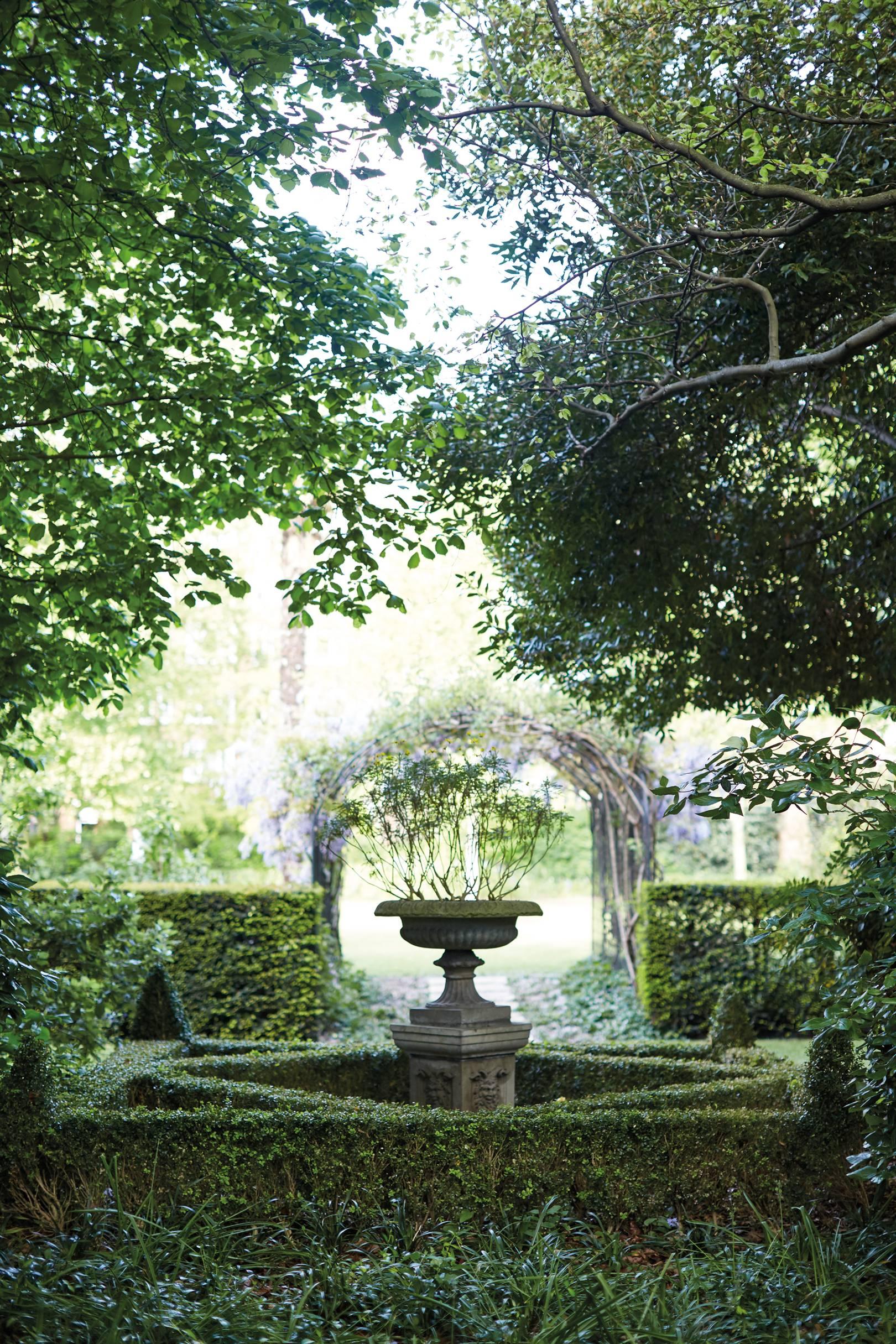 Belmond Cadogan hotel gardens